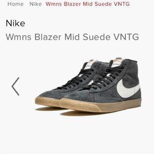 Women's Nike Blazers Gray Suede Sz 6